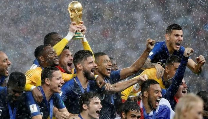 France defeats Croatia 4-2 to capture title