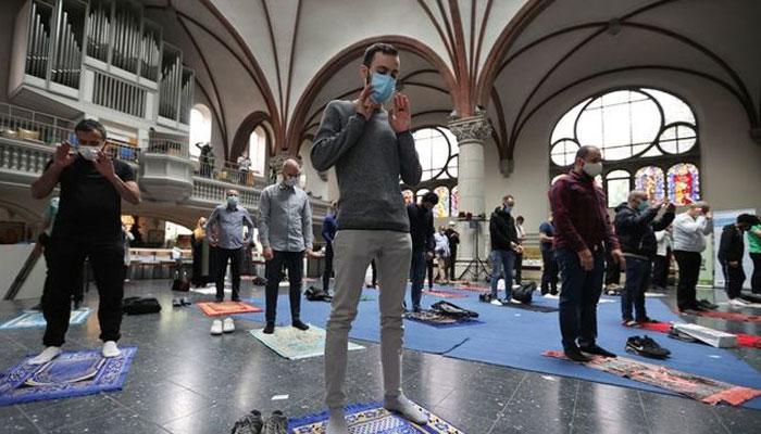 German church opens doors for Muslim prayers