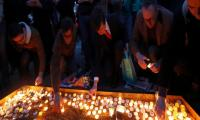 Londoners hold vigil for Muslim terror attack victims
