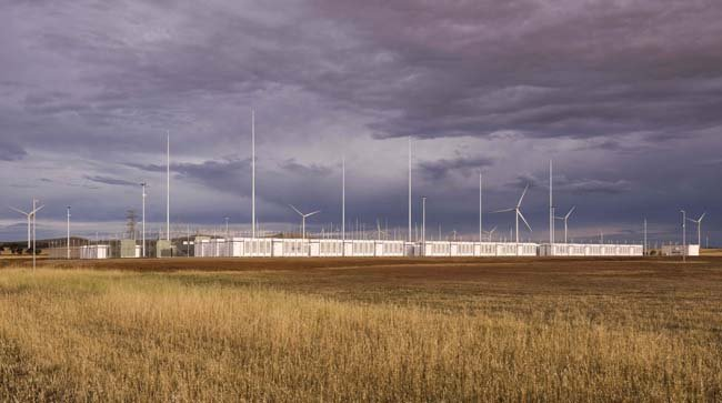 This handout photo dated November 29, 2017 from French energy firm Neoen received by AFP on December 1, 2017 shows the Tesla 100 MW/129 MWh Powerpack system.