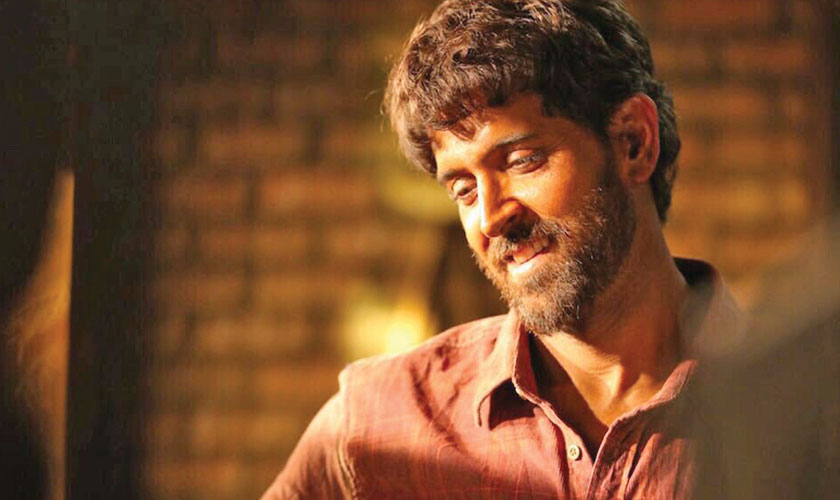Hrithik Roshan Looks Sensational in Super 30 First Look
