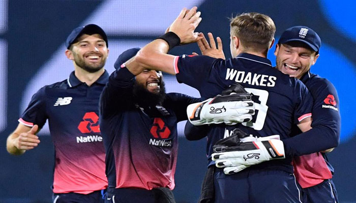 England beats New Zealand by 4 runs in thrilling 3rd ODI