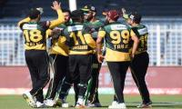 Multan outplay Quetta to join Karachi at top of points table