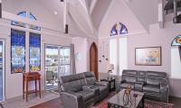 海湾教堂在佛罗里达拍卖