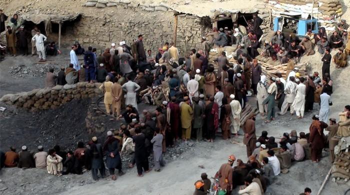 Sixteen killed in coal mine collapse near Quetta