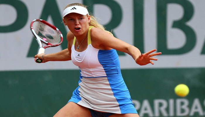 Caroline Wozniacki makes light work of Pauline Parmentier