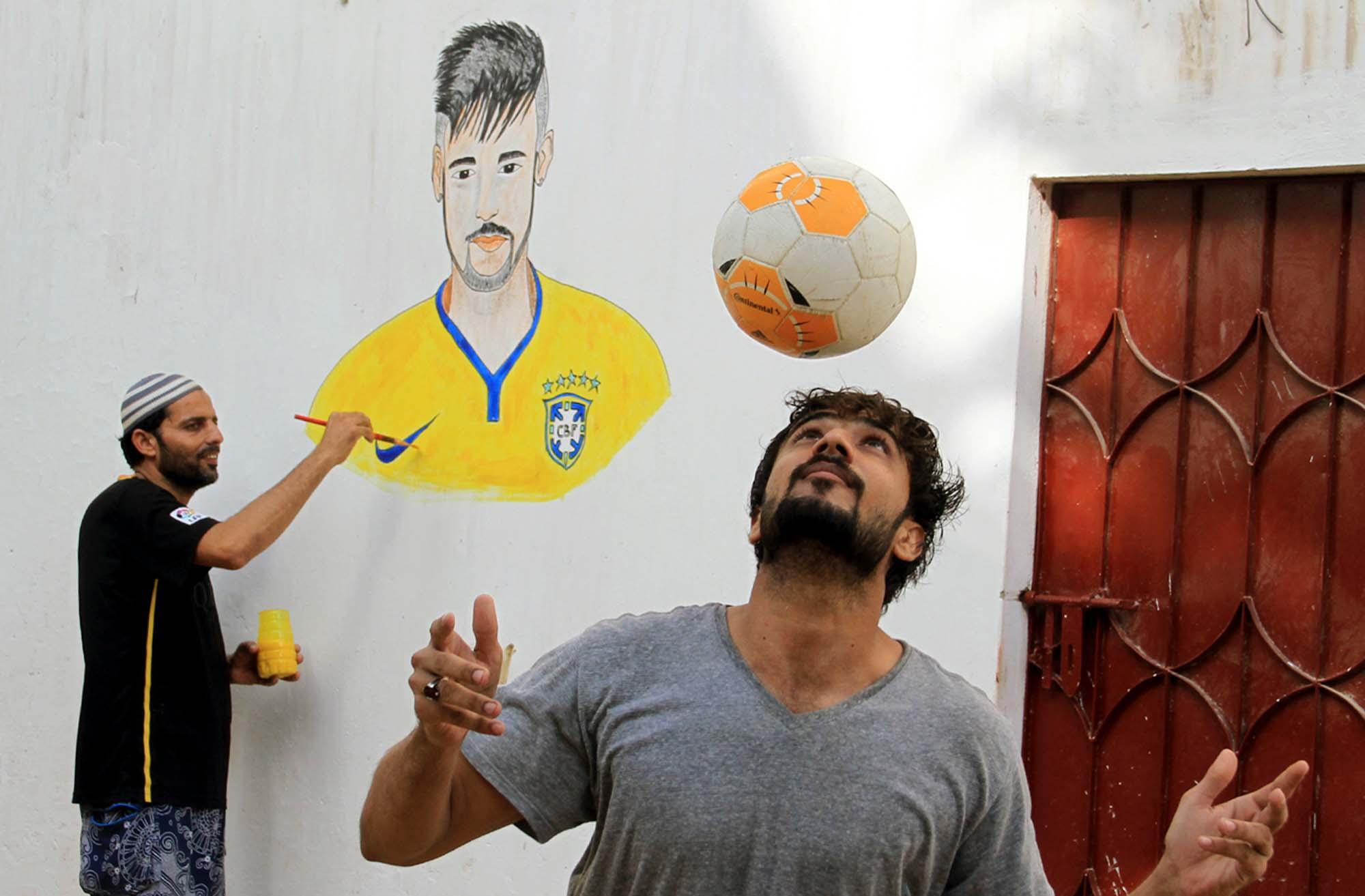 Fifa world cup 2018 lyari walls depict neymar jr messi