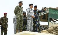Naval chief visits PN's installations at Shumal Bandar