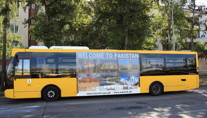 Emerging Pakistan' brand buses hit Berlin's roads on Independence