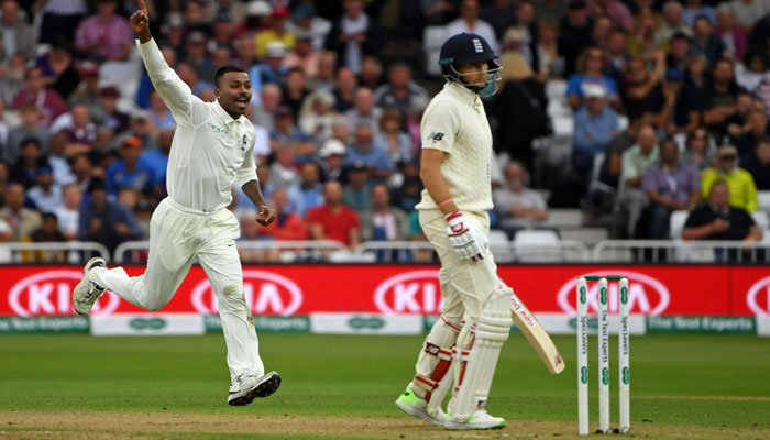 England face record target on final two days against India