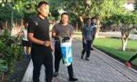 Chinese people win locals' hearts through cleanliness drive in Karachi park