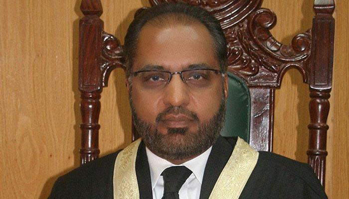 اسلام آباد ہائیکورٹ کے سابق جج جسٹس شوکت عزیز صدیقی نے اپنی برطرفی کو سپریم کورٹ میں چیلنج کر دیا