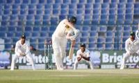 Pakistan beat Australia in second Test, win series