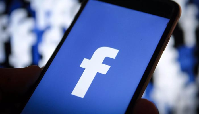 Facebook blocks more accounts 'meddling' in US mid-terms