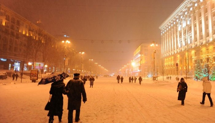 Russian Men Barred From Entering Ukraine Amid Escalating Crisis