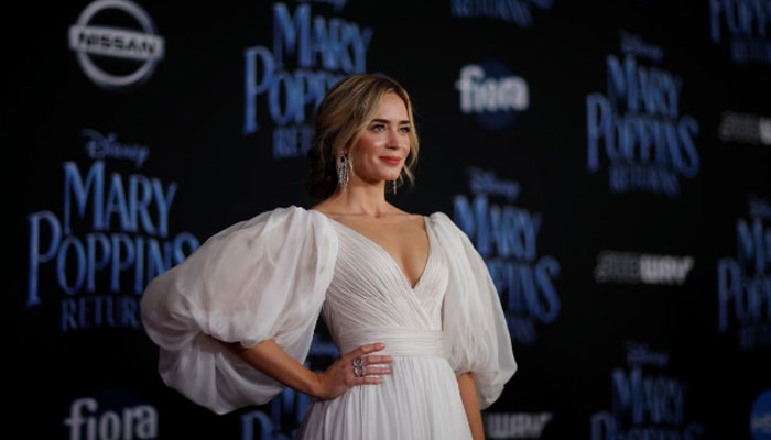 Kites, dancing penguins and magic: 'Mary Poppins Returns'