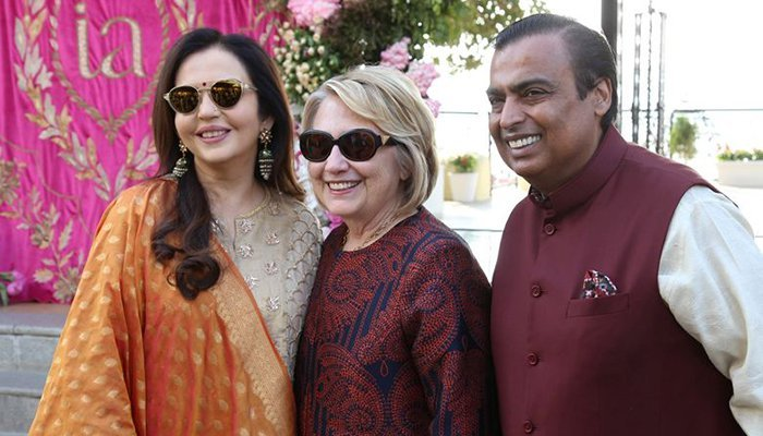 Vidya Balan shares 'precious picture' with Hillary Clinton from Isha Ambani party
