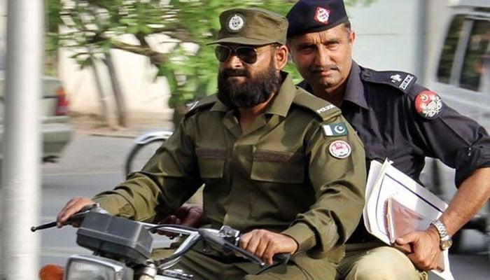 Punjab police to get back old uniform | Pakistan | thenews com pk |