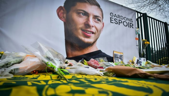 Emiliano Sala: 120,000 euros raised for private search