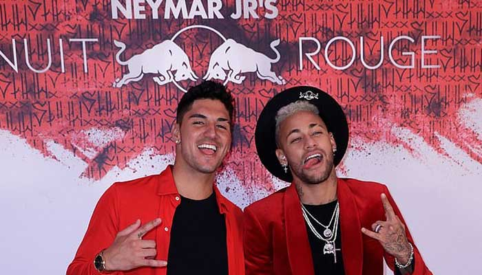 Neymar cries during birthday celebration; tearfully wishes for new metatarsal