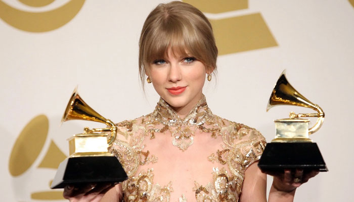 Taylor Swift skipped Grammys to support boyfriend Joe Alwyn at BAFTAs