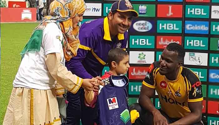 PSL4 invites special guest to mark Childhood Cancer Day | Pakistan