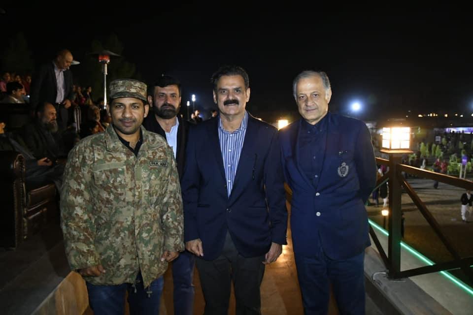 PSL 2019 winner Sarfraz Ahmed dons Pakistan Army uniform in Quetta