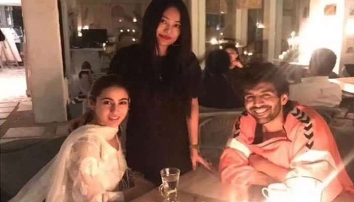 This photo of Sara Ali Khan will make you go weak in the knees