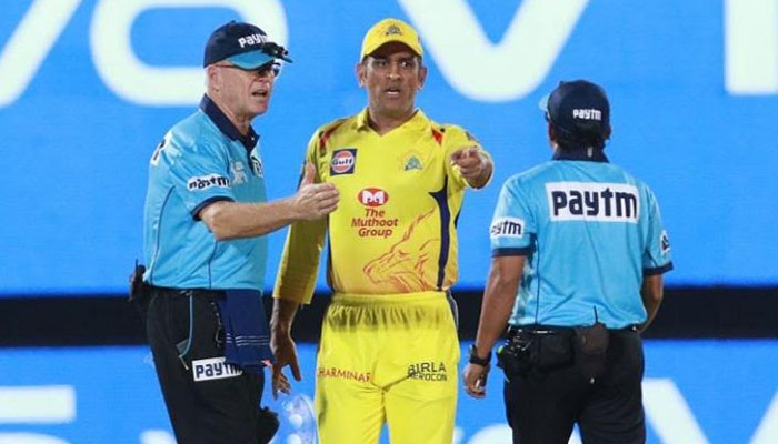 Furious Dhoni fined for storming on field in IPL