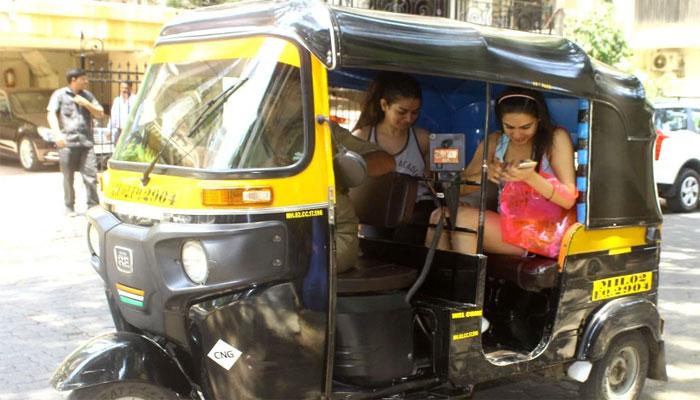 Sara Ali Khan takes auto!