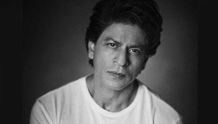 After Zeros failure, Shah Rukh Khan hesitant to work on new projects