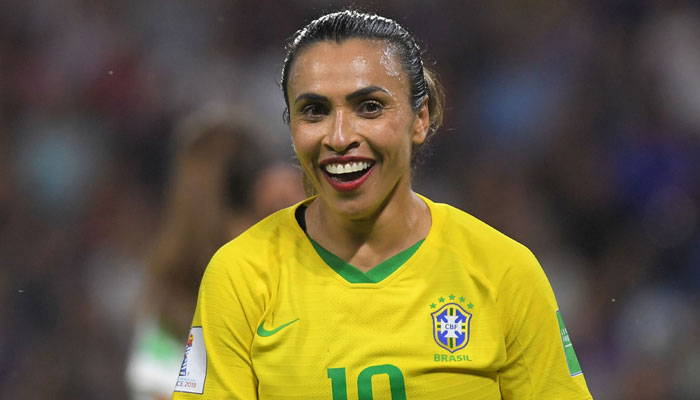 Brazil's Marta issues plea to the next generation