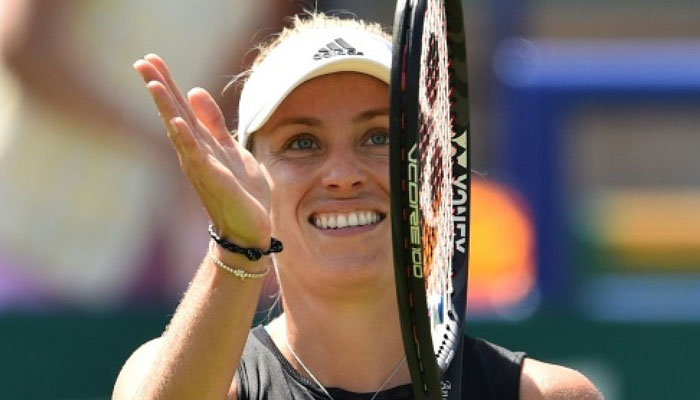 Kerber quiets Halep to return to Eastbourne semis
