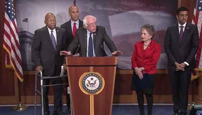 Bernie Sanders visits Canadian pharmacy, talks drug prices