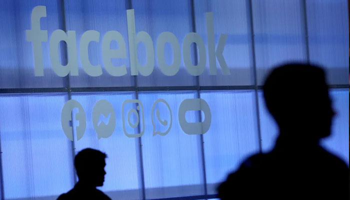 Facebook rolls out face recognition, kills tagging option