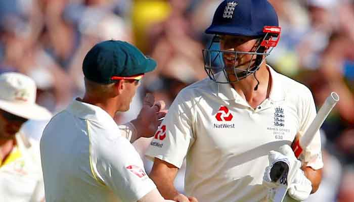 David Warner used strapping on hand to tamper with ball: Alastair Cook