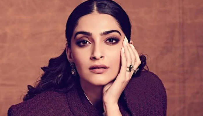 Reel Or Real? Sonam Kapoor Reveals Her Choice