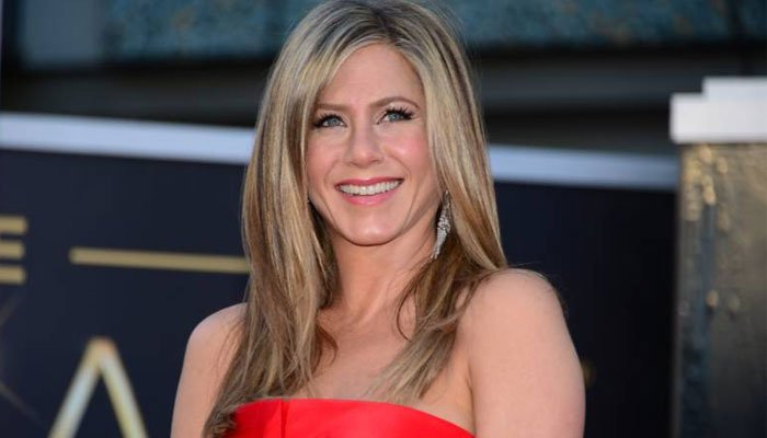 Jennifer Aniston used 'secret, stalker account before official Instagram debut