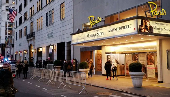 Netflix signs lease agreement to keep NYC's Paris Theatre open