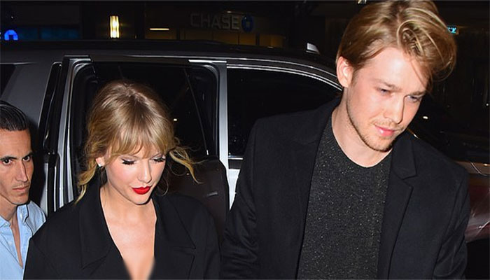 Taylor Swift Reportedly Crossed an Ocean to See Joe Alwyn on Thanksgiving