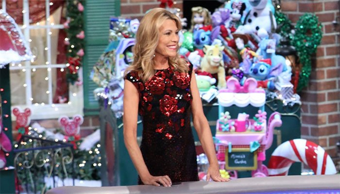 'Wheel of Fortune' Fans Support Vanna White After First Hosting Gig