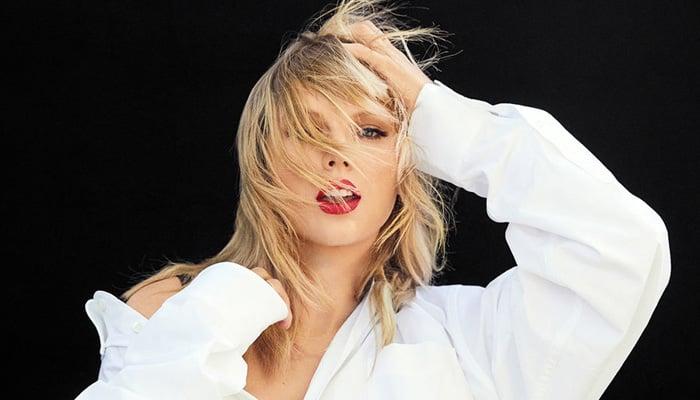 Taylor Swift Slams Scooter Braun In Billboard Speech