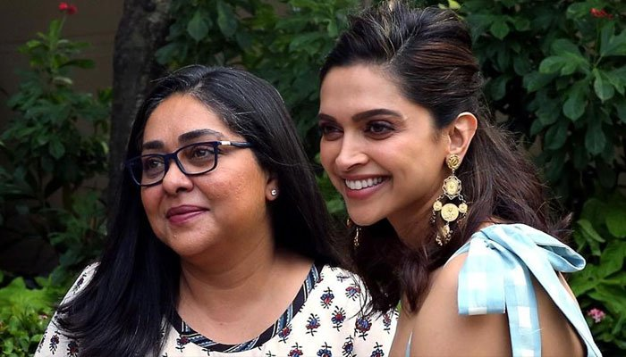 Deepika Padukone winks and challenges Priya Varrier, leaves Malayalam star overwhelmed