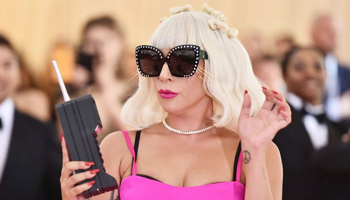 Lady Gaga puts a ring on her own finger for Valentine's Day