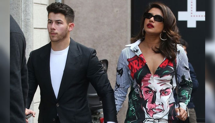 Nick grooves to Bollywood number with his 'forever Valentine' Priyanka