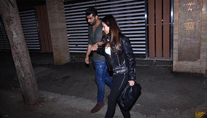 Malaika Arora And Arjun Kapoor Wrap The Party Holding Hands. See Pics
