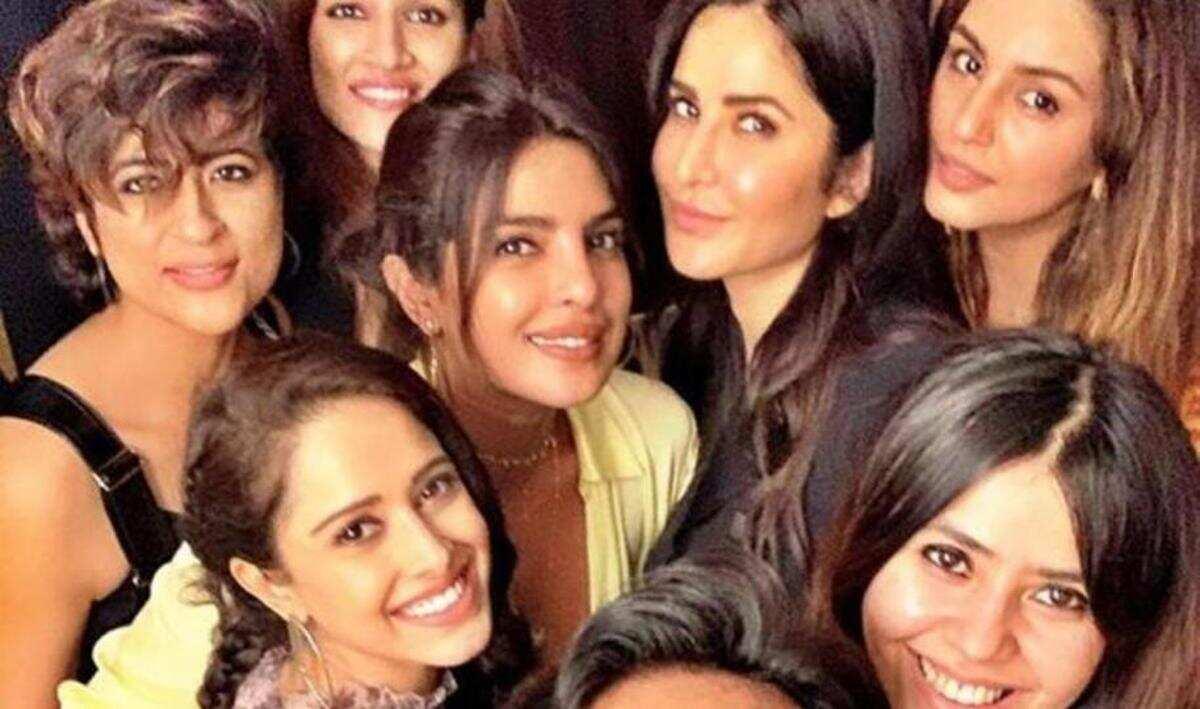 Katrina Kaif, Varun Dhawan, Arjun Kapoor bond over video call