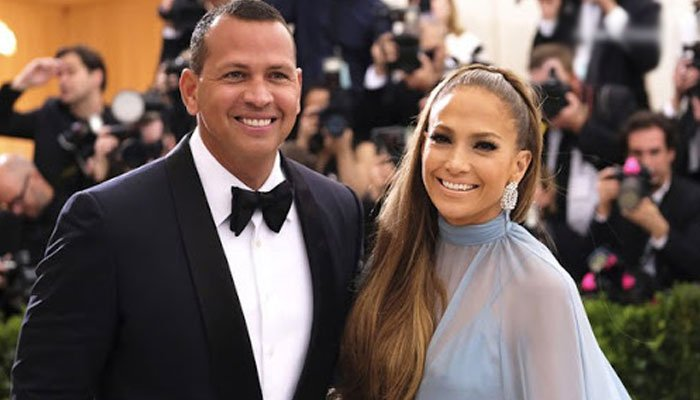 Jennifer Lopez Says Her Wedding Date Has Been Affected By the Quarantine