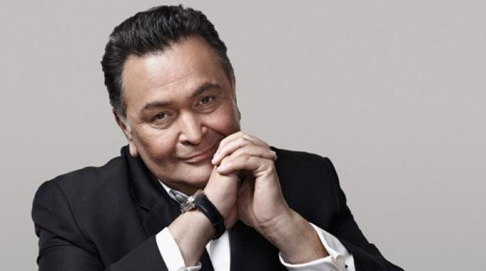 Actor Rishi Kapoor hospitalised in Mumbai, brother says he has breathing problems