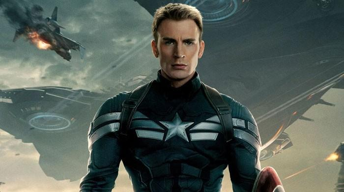 Chris Evans nearly  turned down 'Captain America' over panic attacks
